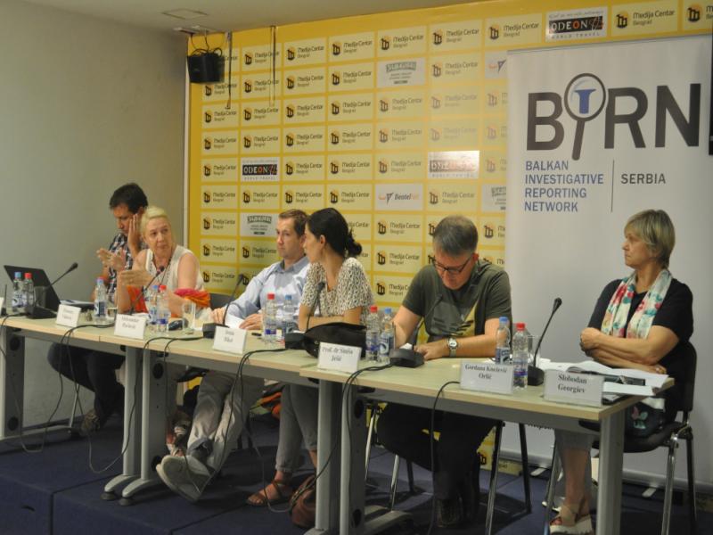 BIRN Hosts Serbian School Textbooks Debate