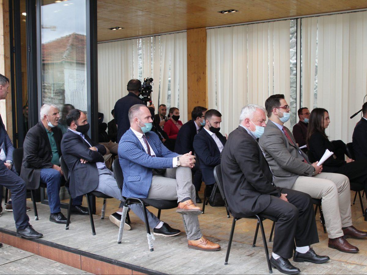 BIRN Kosovo Holds Municipal Finances Debate in Vushtrri/Vucitrn