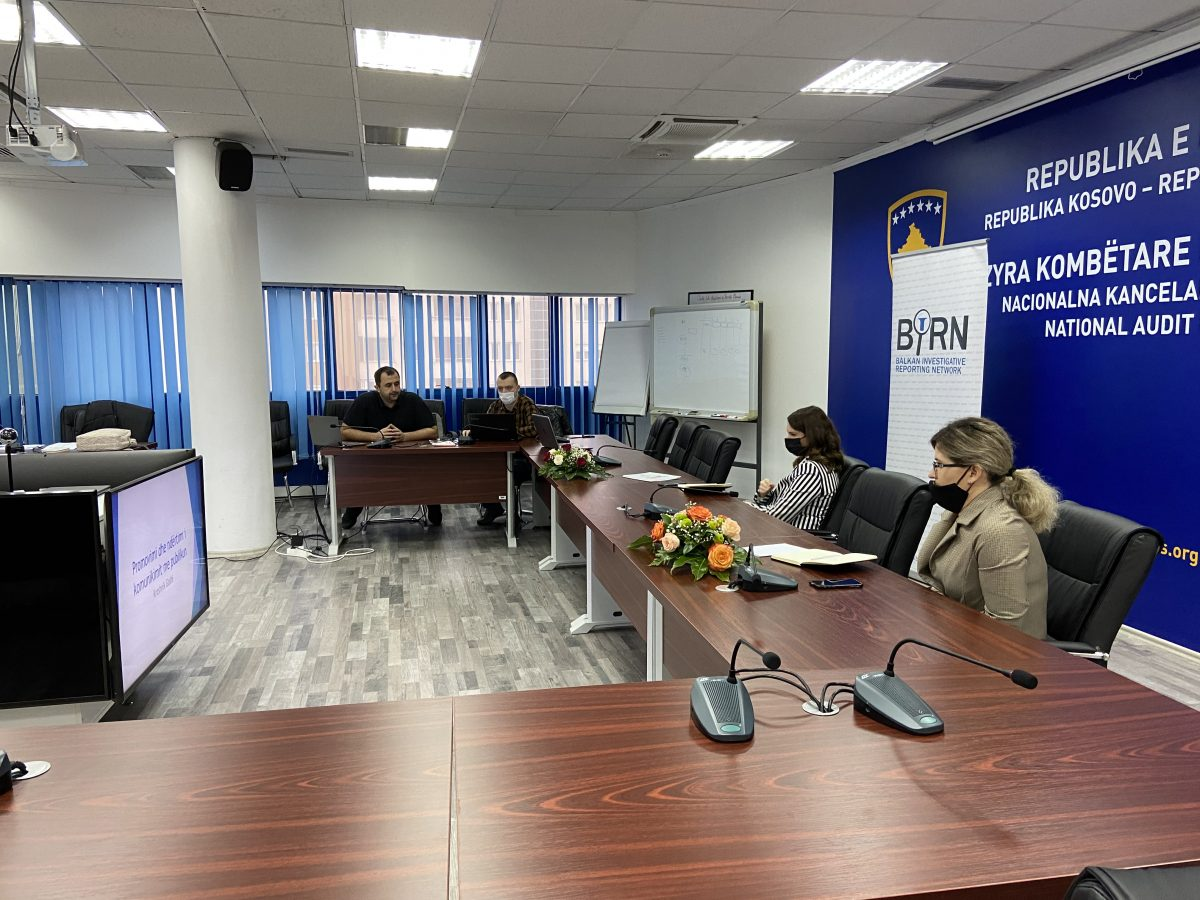 BIRN Kosovo Trains Auditors in Communication and Social Media Use