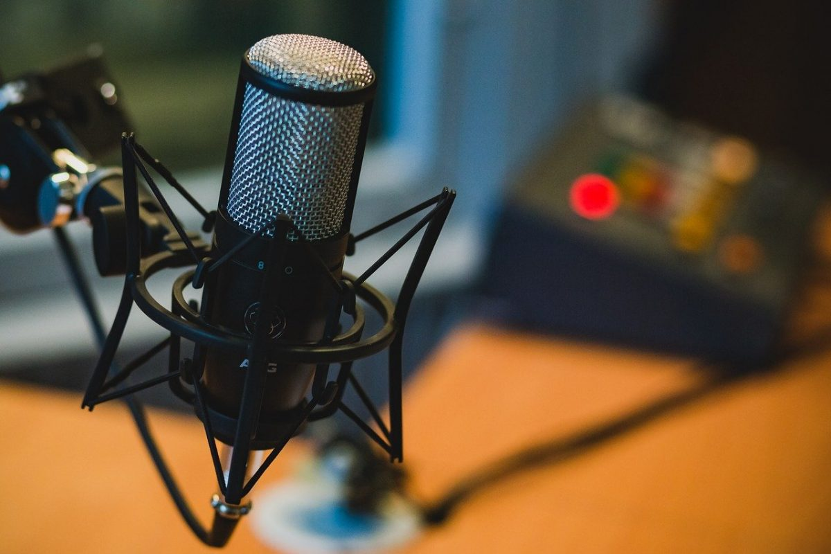 Call for Applications for Training in Podcasting
