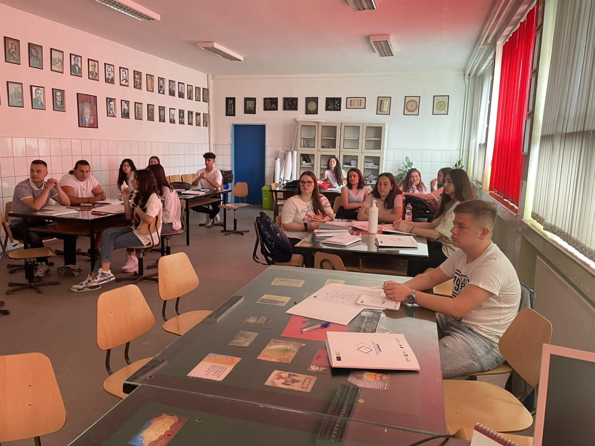 BIRN Kosovo Holds Second Training With High School Students in Gjilan